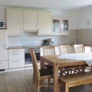Ferienhaus 1 Essbereich mit Küche