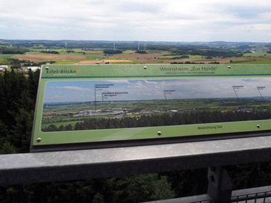 Aussichtsturm in Weinsheim auch genannt Eifel-Blick