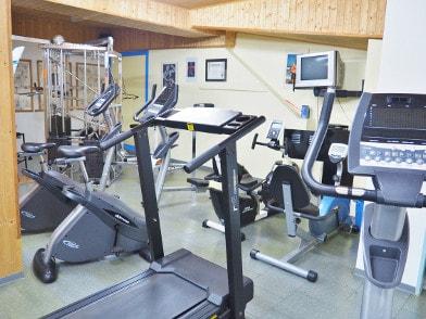Ausdauer- bzw. Cardiobereich im Fitnessraum
