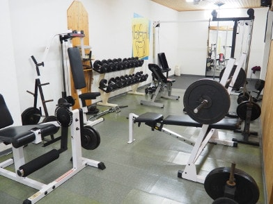 Kraftbereich des Fitnessraumes