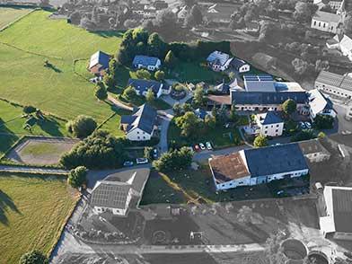 Vogelperspektive bzw. Luftaufnahme vom Ferienhof Feinen