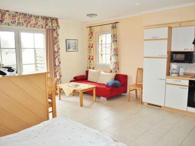 Wohn- und Schlafbereich mit Küche Appartement 13