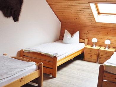 Haus 2 Dreibettzimmer mit 3 Einzelbetten