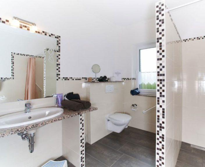 WC im Badezimmer Ferienwohnungen Hedwig und Hubert