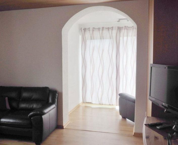 Ausgang vom Wohnzimmer zur Terasse Wohnung Valentin 1